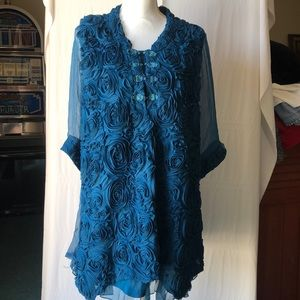 Pretty Angel Tunic with Rose Pattern